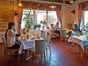 Frühstück Strandhotel Aseleben am Süßen See