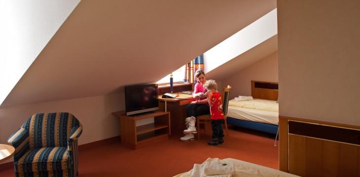 Dreibettzimmer Strandhotel Aseleben